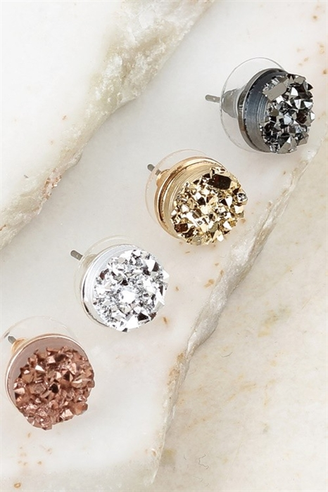 Picture of Floating Druzy Studs